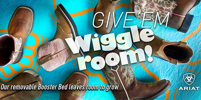 Give 'em wiggle room!  Ariat's removable Booster Bed leaves room to grow!